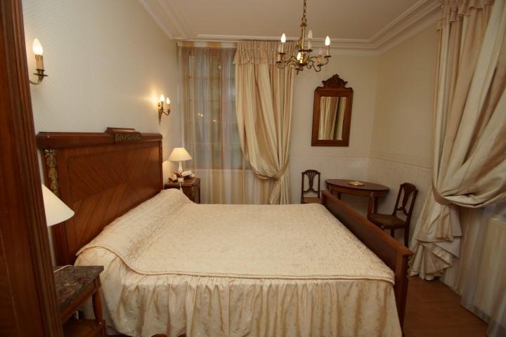 Photos chambres 2014 020 Small Prestigious Normandy Property