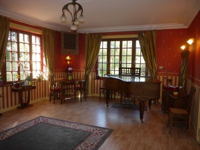 salon musique Small Prestigious Normandy Property