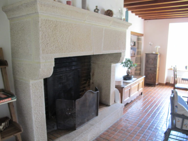 Stone feature property – Normandy