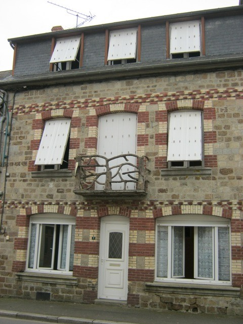 Normandy large townhouse