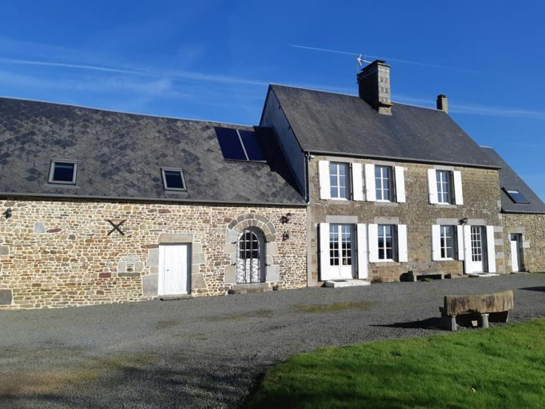 stone-house-with-gite