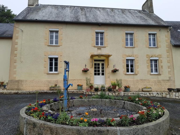 French property for sale. Normandy Brittany Mayenne Luberon. English speaking estate agents. Houses gites renovation holiday homes. France. Hambye - Manche.
