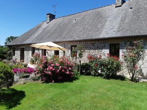 FRENCH PROPERTY FOR SALE IN NORMANDY BRITTANY MAYENNE LUBERON