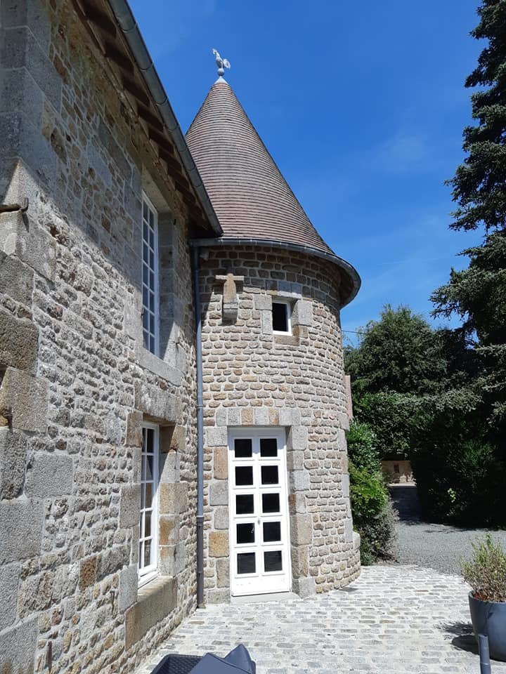Superb Manor House and Gite