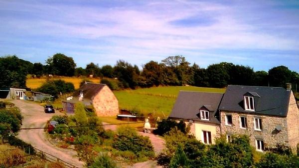 Restored farmhouse with gites