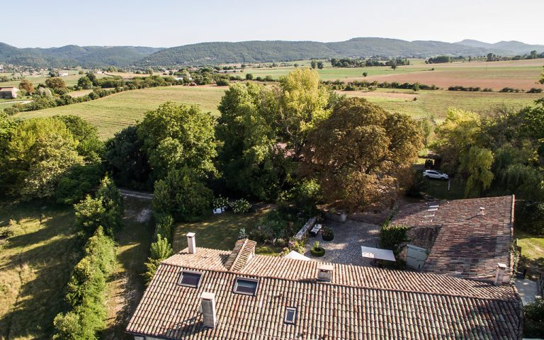 Provence Character Property