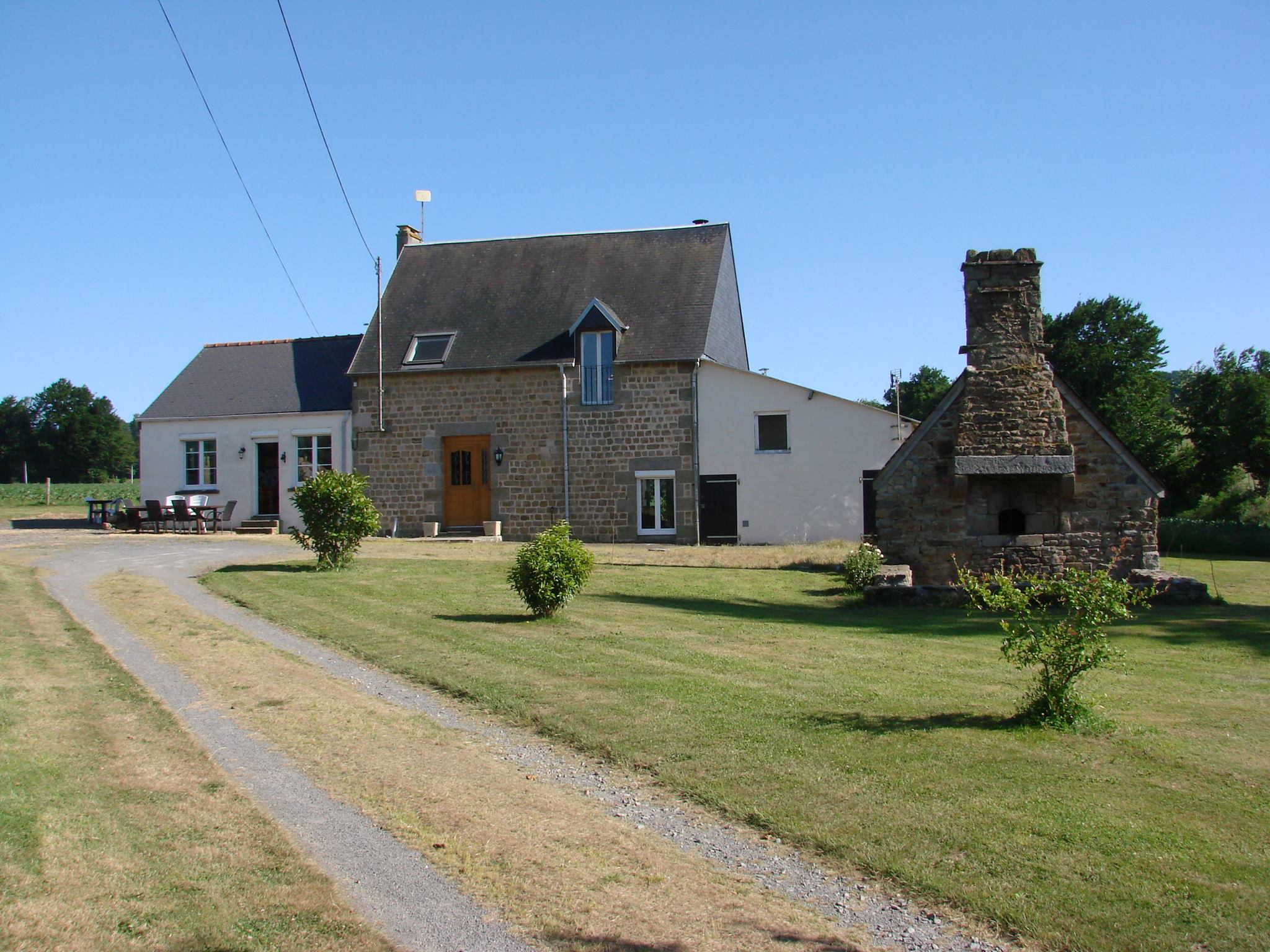 21686887 102318647184086 4906902569091562432 o House hunting accommodation Normandy