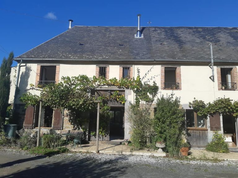 House with gite and pool