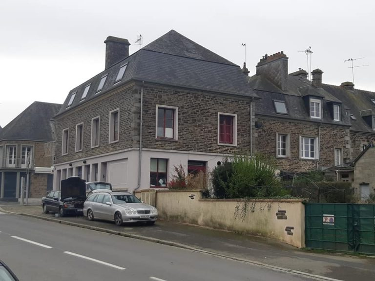 Former hotel restaurant - Sourdeval