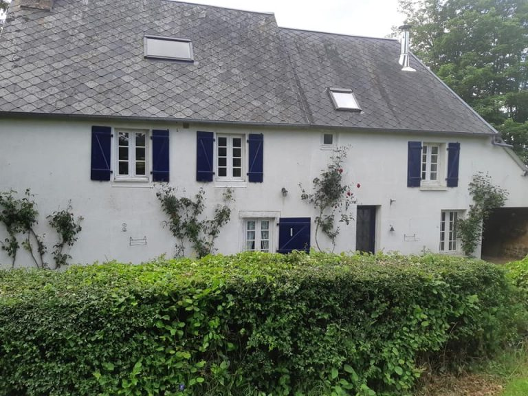 Superb traditional Normandy property