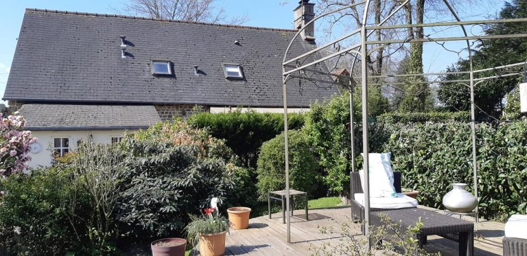 181130341 10225322672804746 7059101531978104677 n 1 Stone house with gite in Normandy