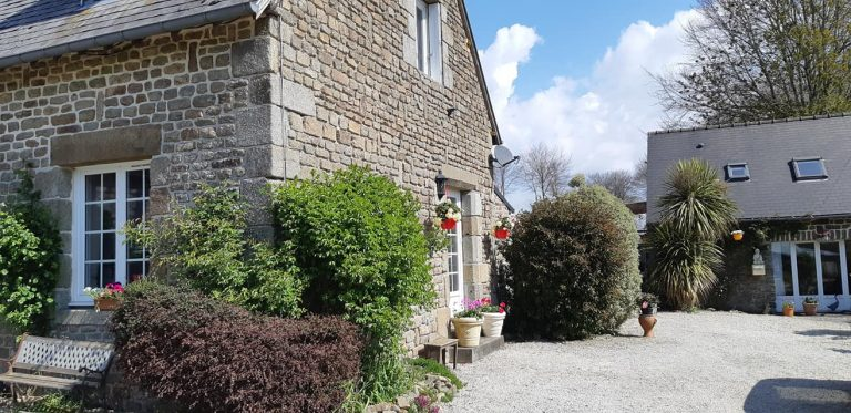 181139935 10225322073869773 1128193591051418559 n 1 Stone house with gite in Normandy