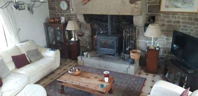 181386550 10225322085750070 6157693309815150553 n Stone house with gite in Normandy