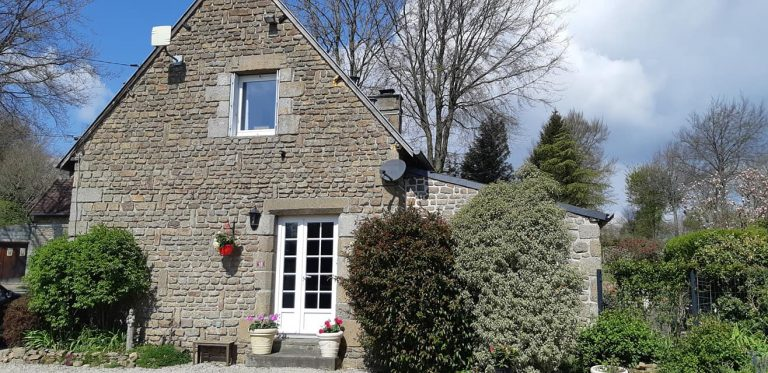 181499984 10225322078349885 1386856159800892972 n Stone house with gite in Normandy