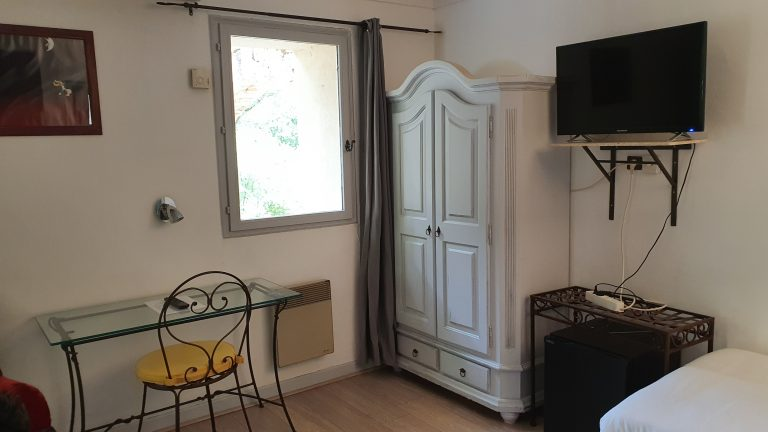 20210602 112725 Provencal Bastide