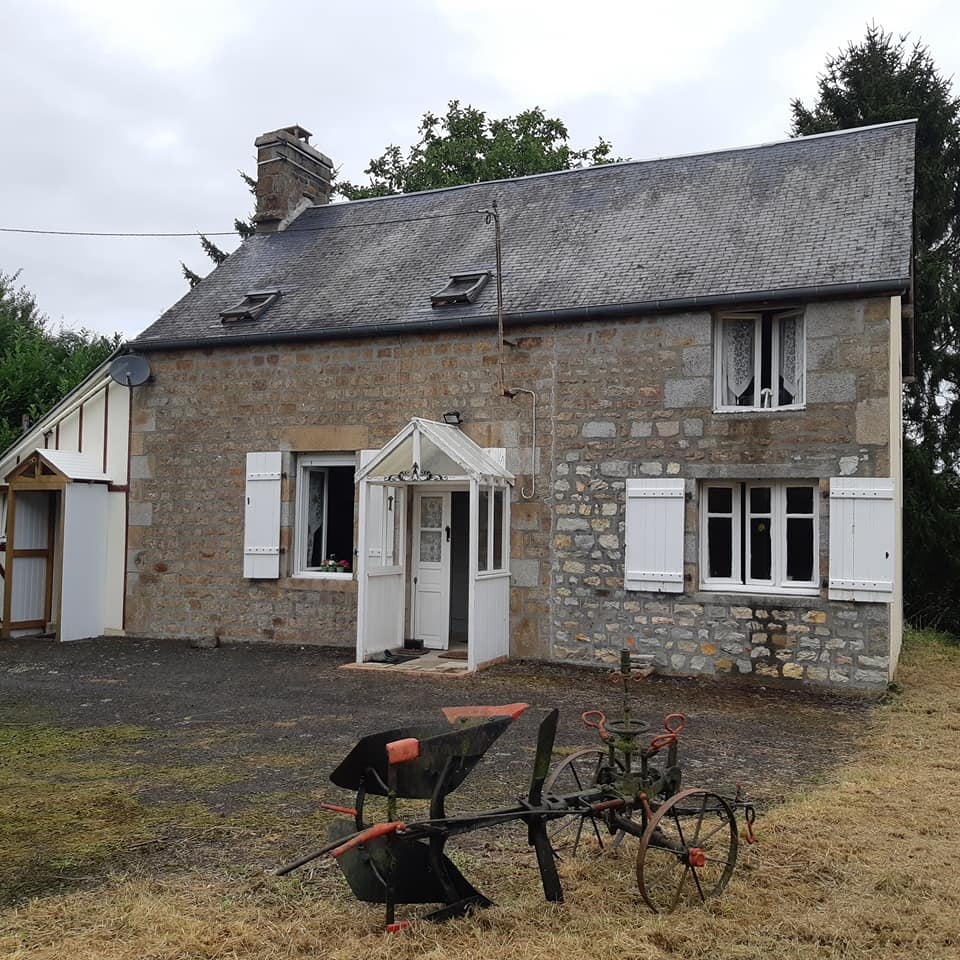 Normandy Cottage with outbuildings